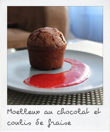 moelleux au chocolat et coulis de fraise dinette co. Black Bedroom Furniture Sets. Home Design Ideas
